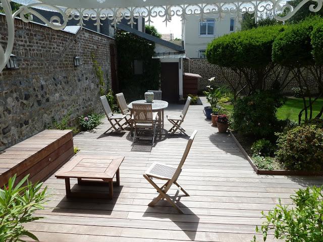Terrasse + mobilier