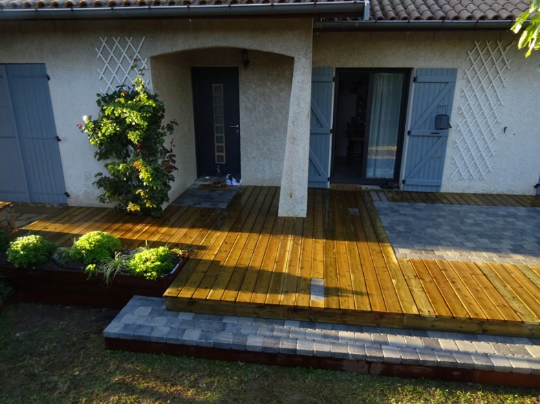 terrasse bois + pavage